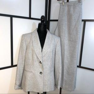 Le Suit 2 Piece Fully Lined Pant Suit